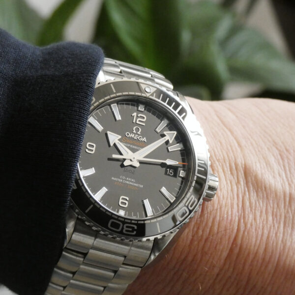 Omega Seamaster Planet Ocean Master Chronometer 215.30.44.21.01.001